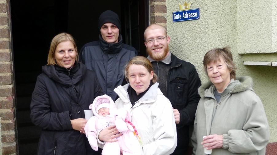 """Hausgemeinschaft Perobstheidaer Straße 91 mit der """"Guten Adresse 2011"""""""