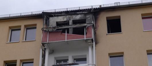 Verbrannter Balkon des Wohnhauses Essener Strasse 58